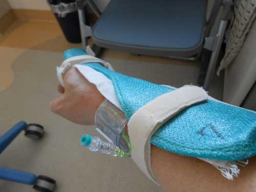 右手動脈止血.jpg